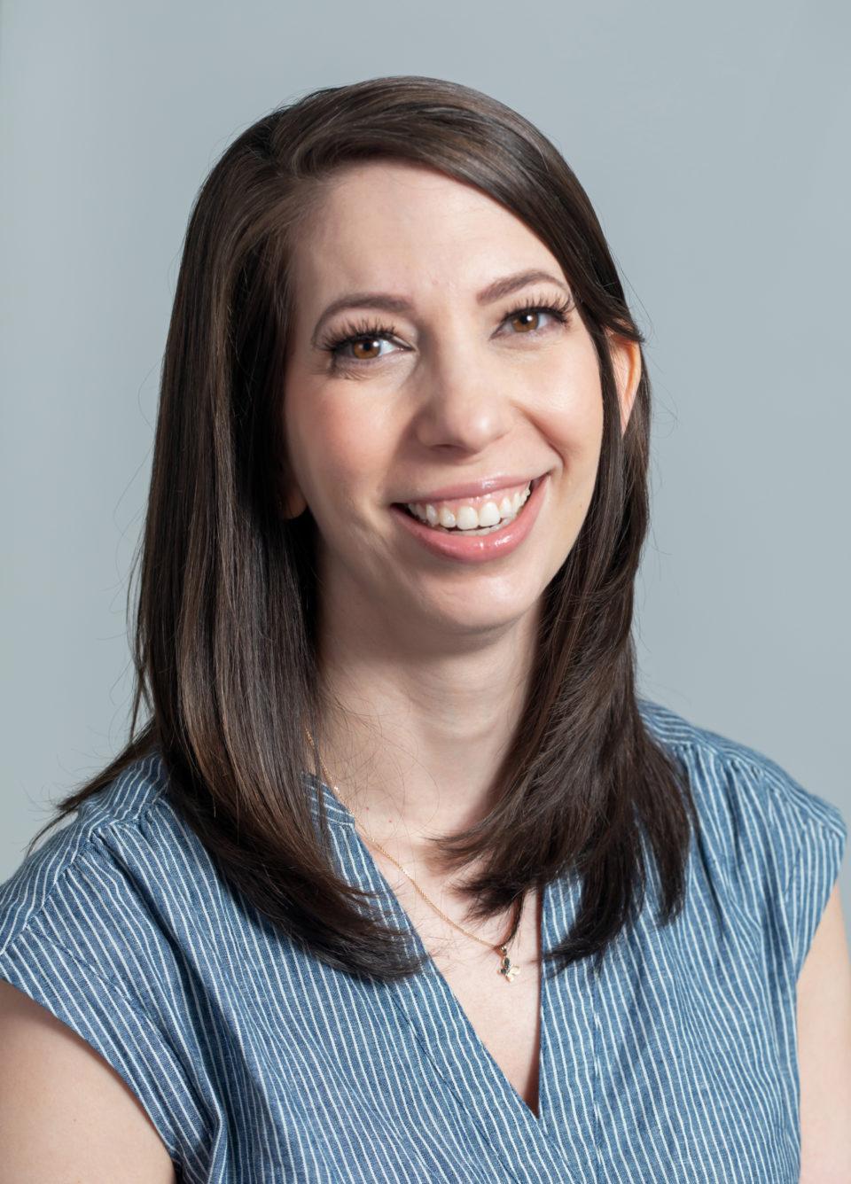 Zoe Stamoulis headshot